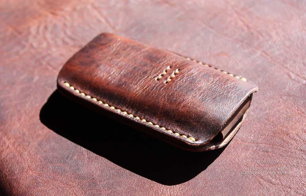 Как сделать кожаные чехлы на телефон 139