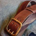 Толстый ремешок из кожи натурального дубления сделан в Москве купить в Москве с доставкой по россии. Толстая прочная кожа.