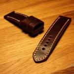 Изготовление ремешка ручной работы для часов Breitling Superocean Heritage из лошадиной кожи Shell Cordovan в Москве с доставкой по России и миру