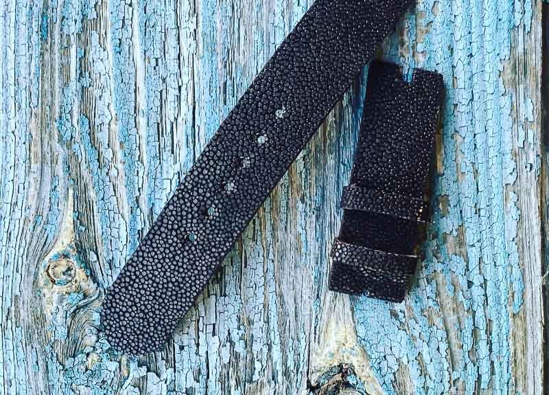 Ремешок ручной работы из кожи шлифованного ската для женских часов Maurice Lacroix. Сделан в Москве чтобы служить долго.