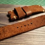 Ремешок ручной работы для часов Omega из коричневой замши.