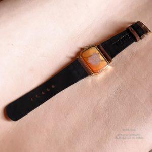 Ремешок для женских часов Axcent ручной работы из кожи растительного дубления сделан вручную в Москве, доставка по России и миру.
