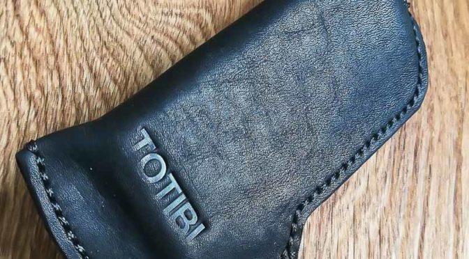 Кожаный чехол ручной работы для телефона nokia 8800 art carbon, сделан вручную в Москве с доставкой по России.