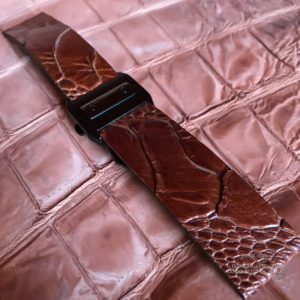 Ремешок изската и кожи ноги страуса на застежке бабочке Cartier для беговых фтнес часов Garmin. Ручная работа Москва.й