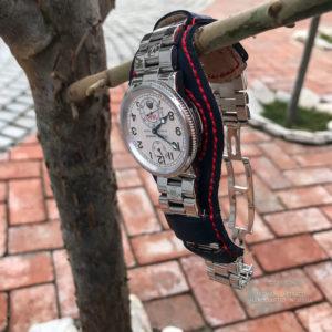 Кожаная подложка под металлический браслет для часов Ulysse Nardin сделана вручную в Москве, чтобы служить долго и каждый день радовать