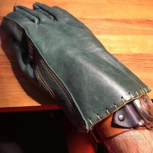 Мото перчатки для мотоцикла в подарок и себе винтажные в Москве ручная работа с доставкой по России.