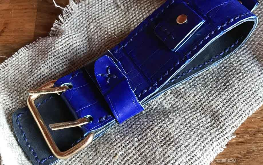Крокодиловый широкий ремешок синего цвета для ГДРовских часов сделан в москве доставка по России